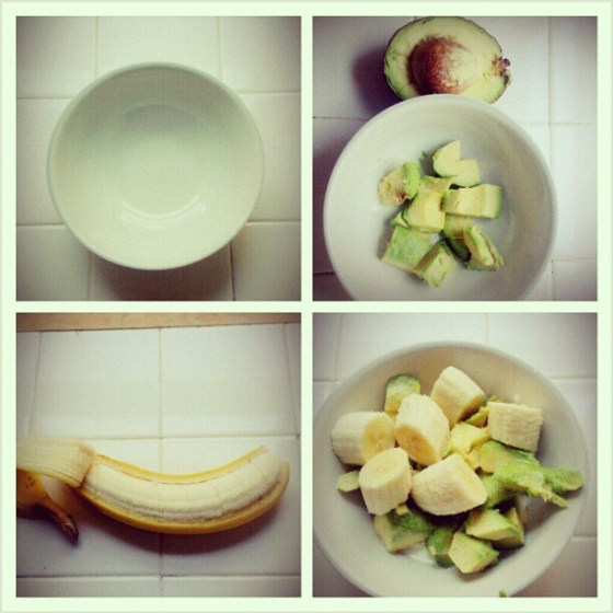 Avocado, banana, some sugar, and heavy cream or half and half. a sweet and creamy snack. one of my favorite pictures